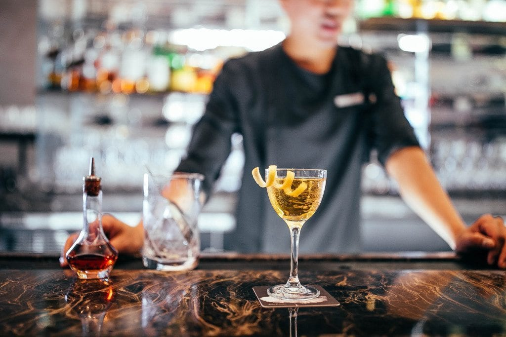 How To Make The Perfect Martini The Knickerbocker Hotel