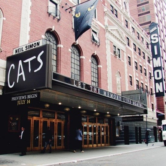 Cats is coming back to Broadway in NYC. Photo by @catsbroadway.