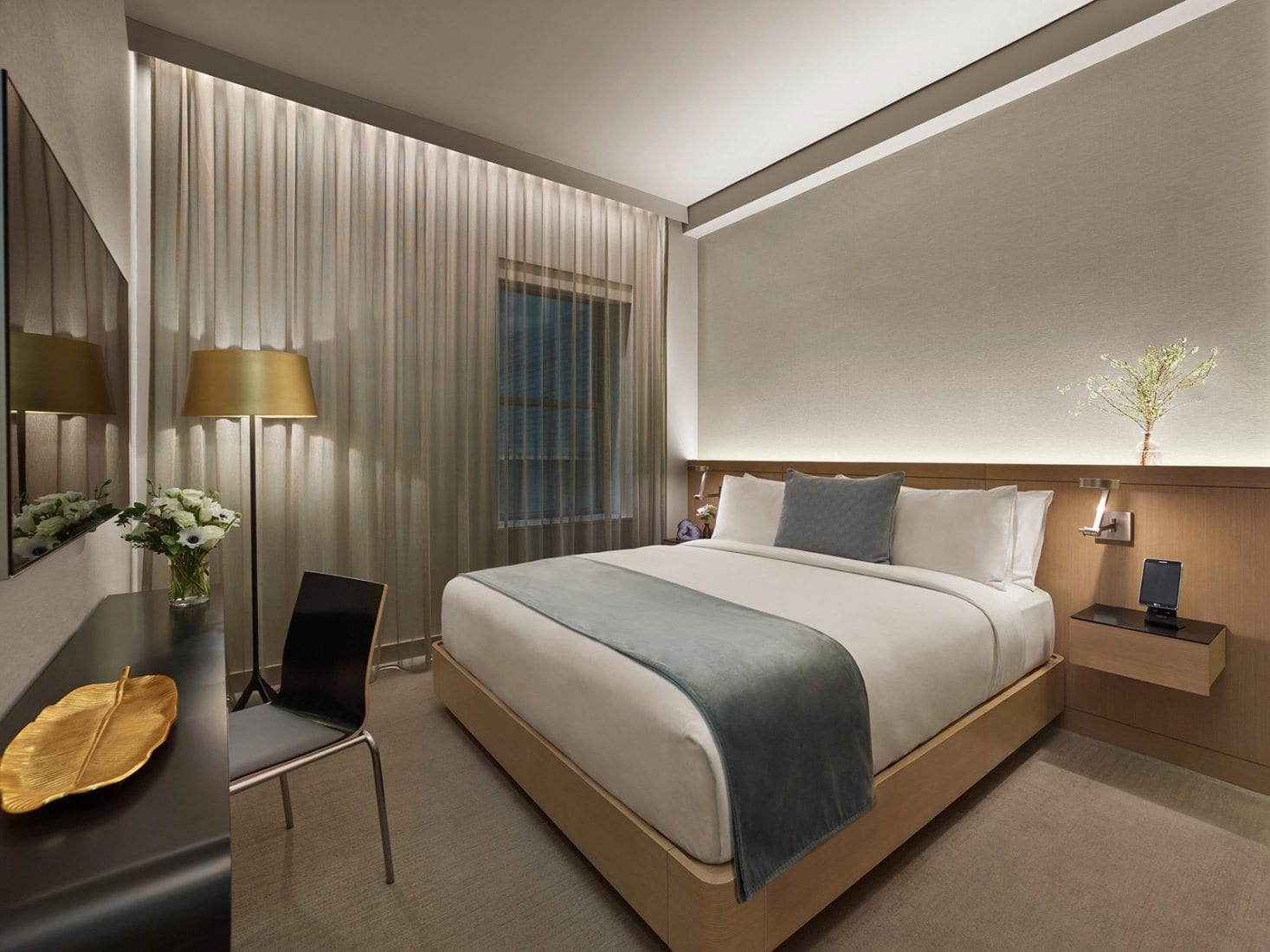 Superior Hotel Rooms In Times Square Nyc The